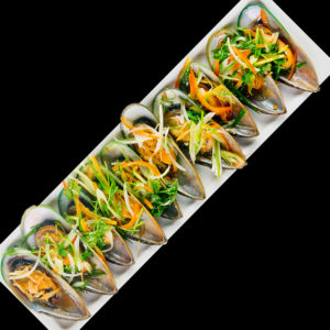 Mussels with oyster sauce and ginger